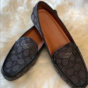 🥿⭐️Brand New Coach Smokey Black Shoes 🥿⭐️